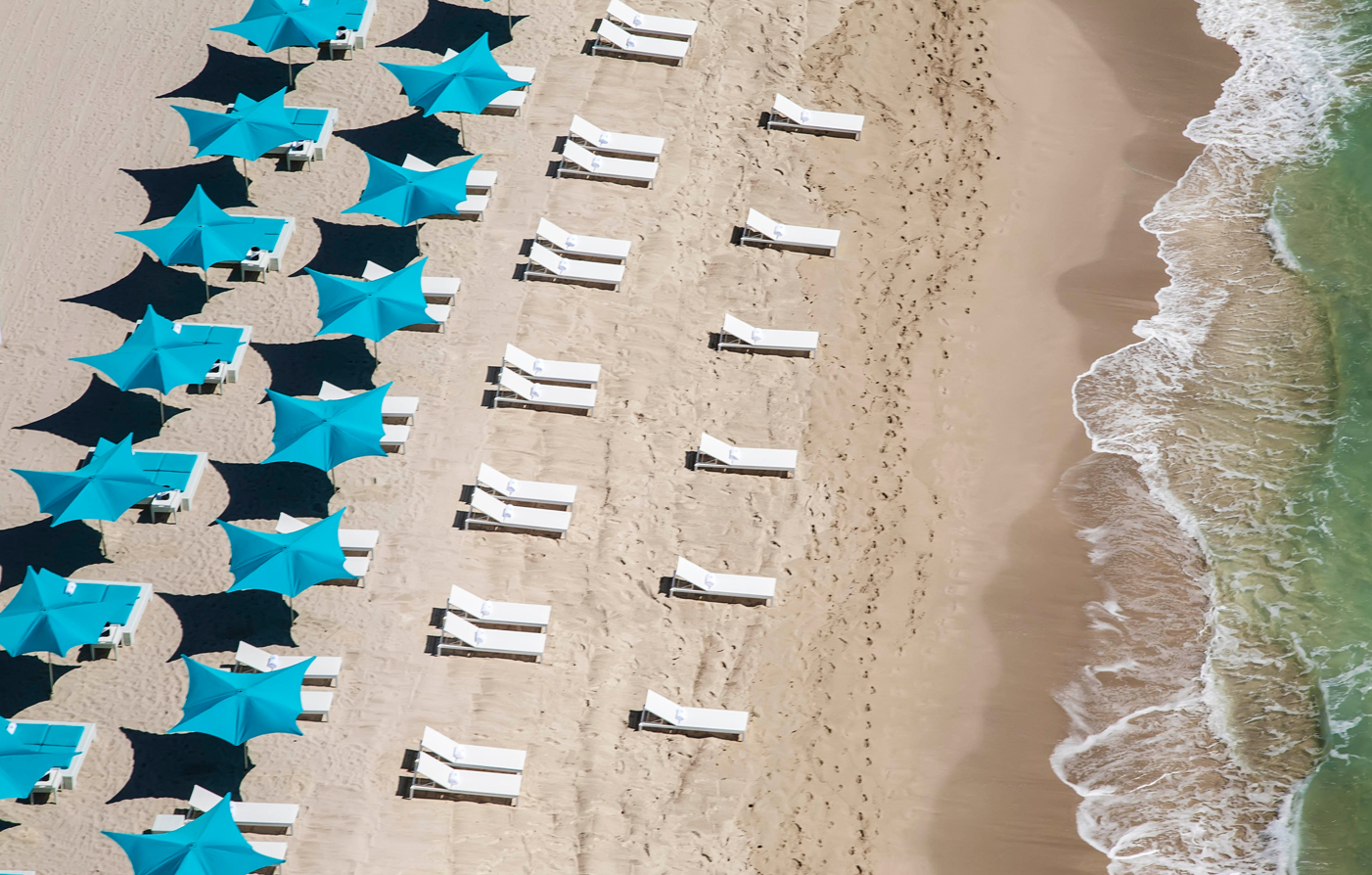 Trump International Hotel Beach Beds & Umbrellas